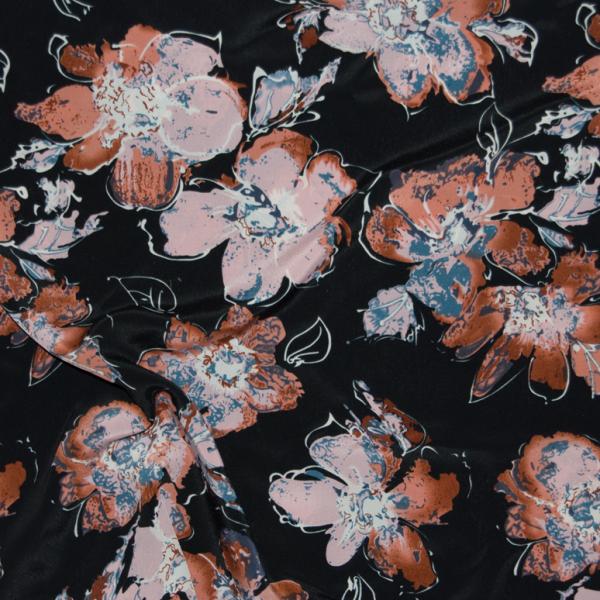 leichter Sommerstoff, schwarz mit Blumen