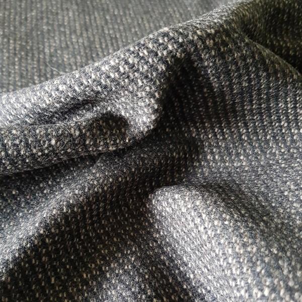 Knitterfreier, engl. Woll-Tweed, schwarz-braun-beige